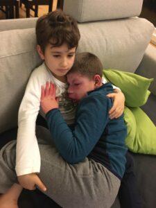 Gianluca col fratello